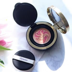 Marble essence pact 21